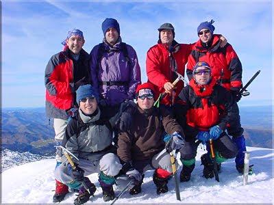 Anie-Auñamendi mendiaren gailurra 2.507 m.  -  2003an abenduaren 13an