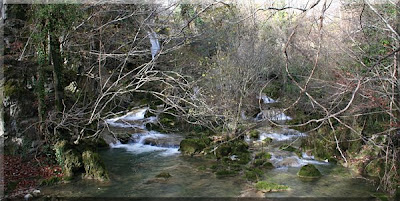 Bellas cascadas en Urederra