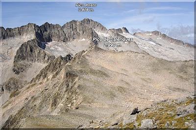 Pico de Salenques desde el Pico de Mulleres