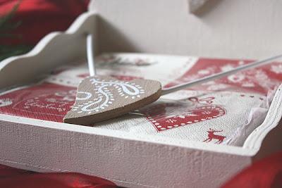serwetnik - pudełko drewniane na serwetki