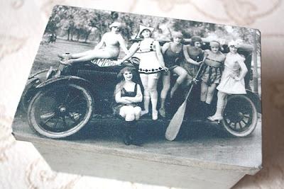 vintage tin - automobile