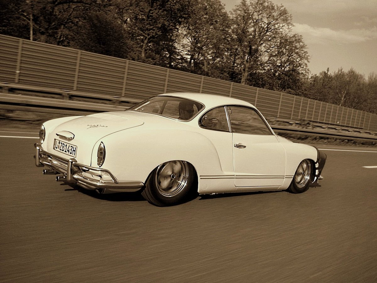 '68 Karmann Ghia - Highway