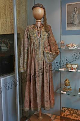Moda fanariotă în târgul Bucureştilor
