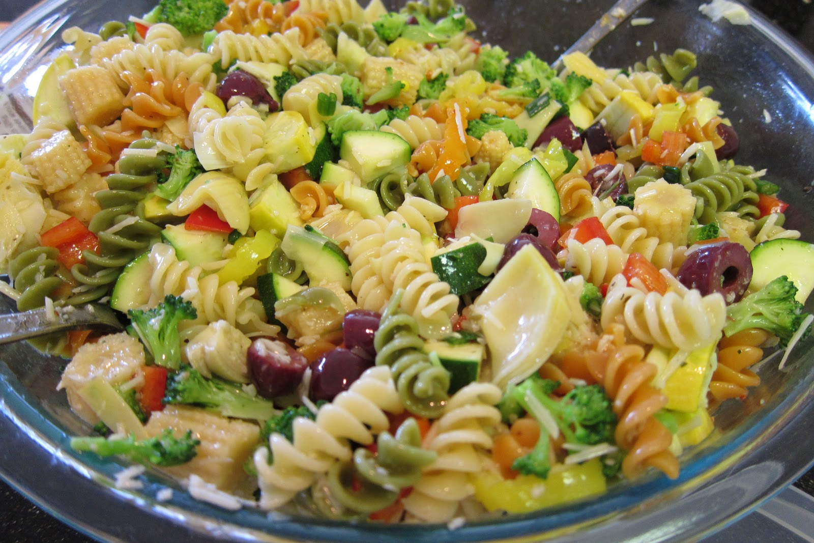i was visiting my boyfriend kevins family in katy over the christmas break when i tried this gem of a pasta salad its got all kinds of things that i do