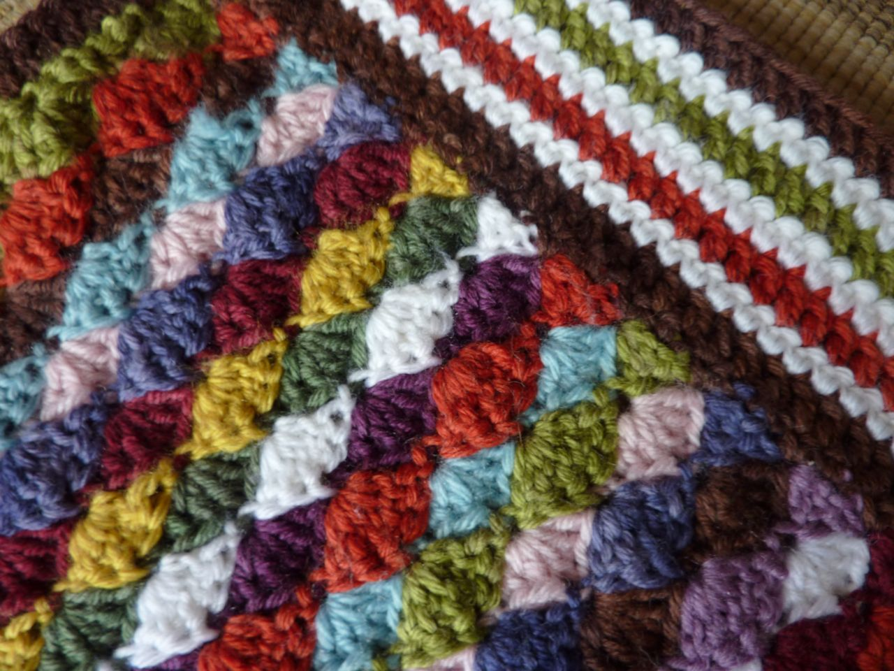 Crochet Videos : My Rose Valley: Crochet blanket - Voila!