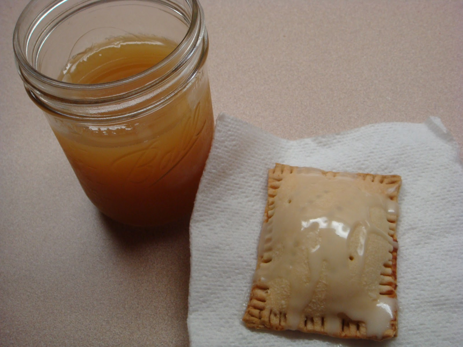 Mag-Pie's & more: Pumpkin Pie Pop Tarts with Maple Glaze
