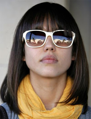 jessica alba bangs 2010. jessica alba short hair with
