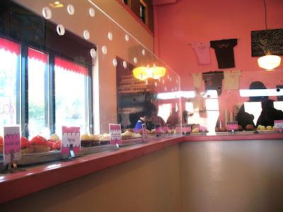 Saint Cupcake Interior