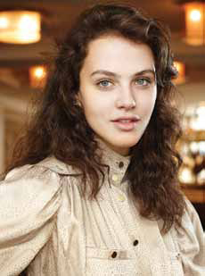 Jessica Brown Findlay - IMDb