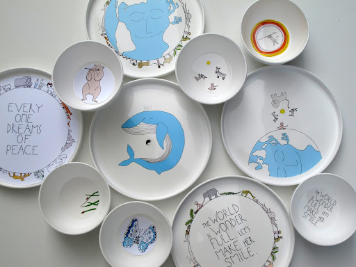 smiling planet, non-toxic feeding gear, bpa free plates and bowls, kids plates, kids bowls