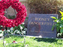 RODNEY DANGERFIELD - ACTOR - COMEDIAN -  (1921-2004)
