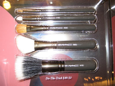 MAC, Magic, Mirth, Mischief, display, brush bags, Do the Trick, 168, 187, 209, 219, 252