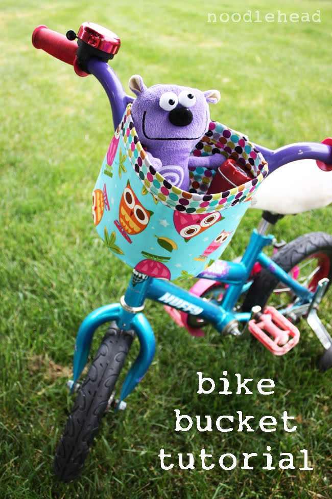 Aprons and Apples: 2 different bike basket tutorials to choose from just in time for summer!