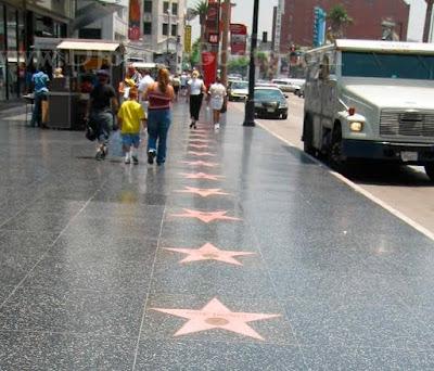 Hollywood Walk of Fame CAL%C3%87ADA+DA+FAMA+2
