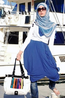Islamic Fashion on Muslim Women Fashions  Arabic Muslim Fashion
