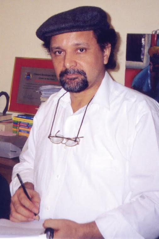 Poeta Silas Correa Leite
