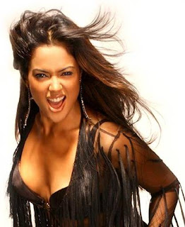 Sameera reddy Boobs