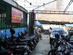 Tersedia Parkir Mobil & Motor