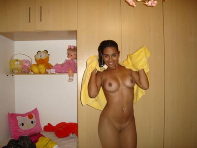 amanda righetti nude pics