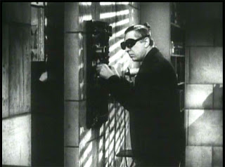 Bela Lugosi in The Killer Bats