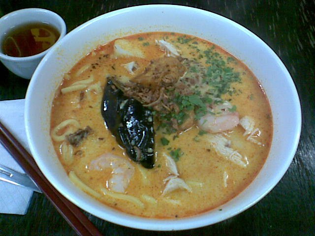 laksa in singapore. Laksa King: Har Mee and