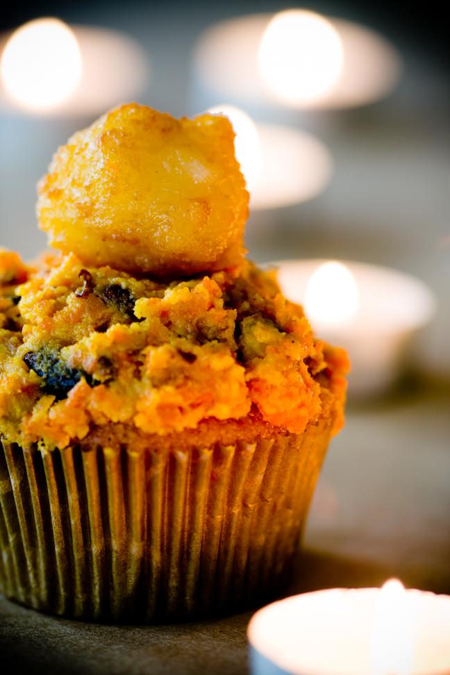 Diwali Sweets – Diwali Cupcakes with Carrot Halwa and Gulab Jamun ...