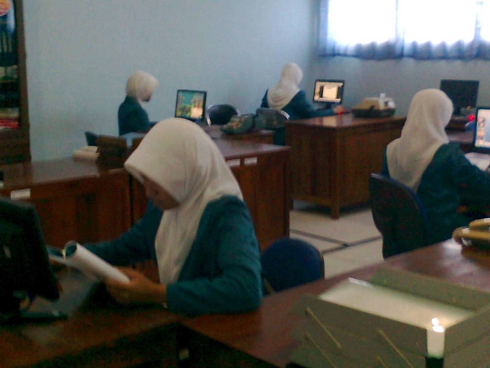 Juni 2010 Didik Riyanto S Pd Smk Muhammadiyah 1 Purbalingga