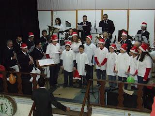"""Sociedade Filarmónica """"Os Aliados"""" festeja Natal com apresentação da escola de música"""