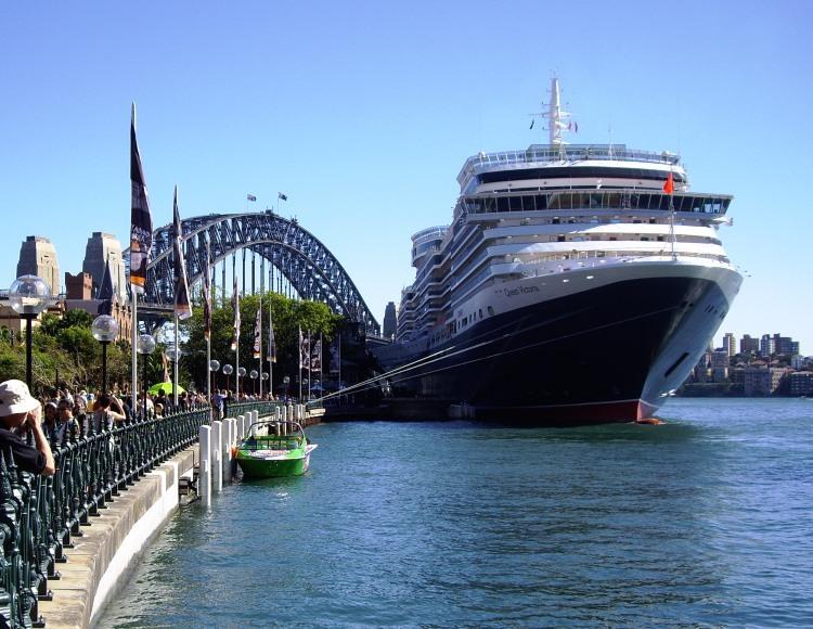 Professor Cruise Ship Cruise Departure Port  Sydney