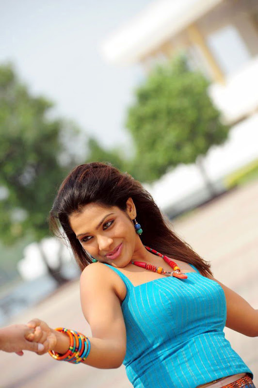 SandhyaKadhalsexy tight boob showwet armpitsseducing hot  gallerysexy photo galleryexposures hot photos