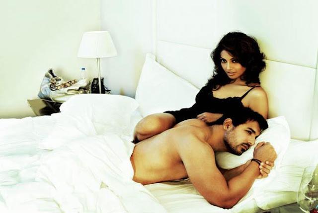 John Abraham and Bipasha Basu in Bedroom