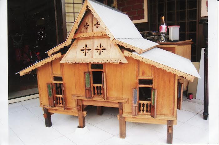 Replika Rumah Melayu - Untuk Tempahan