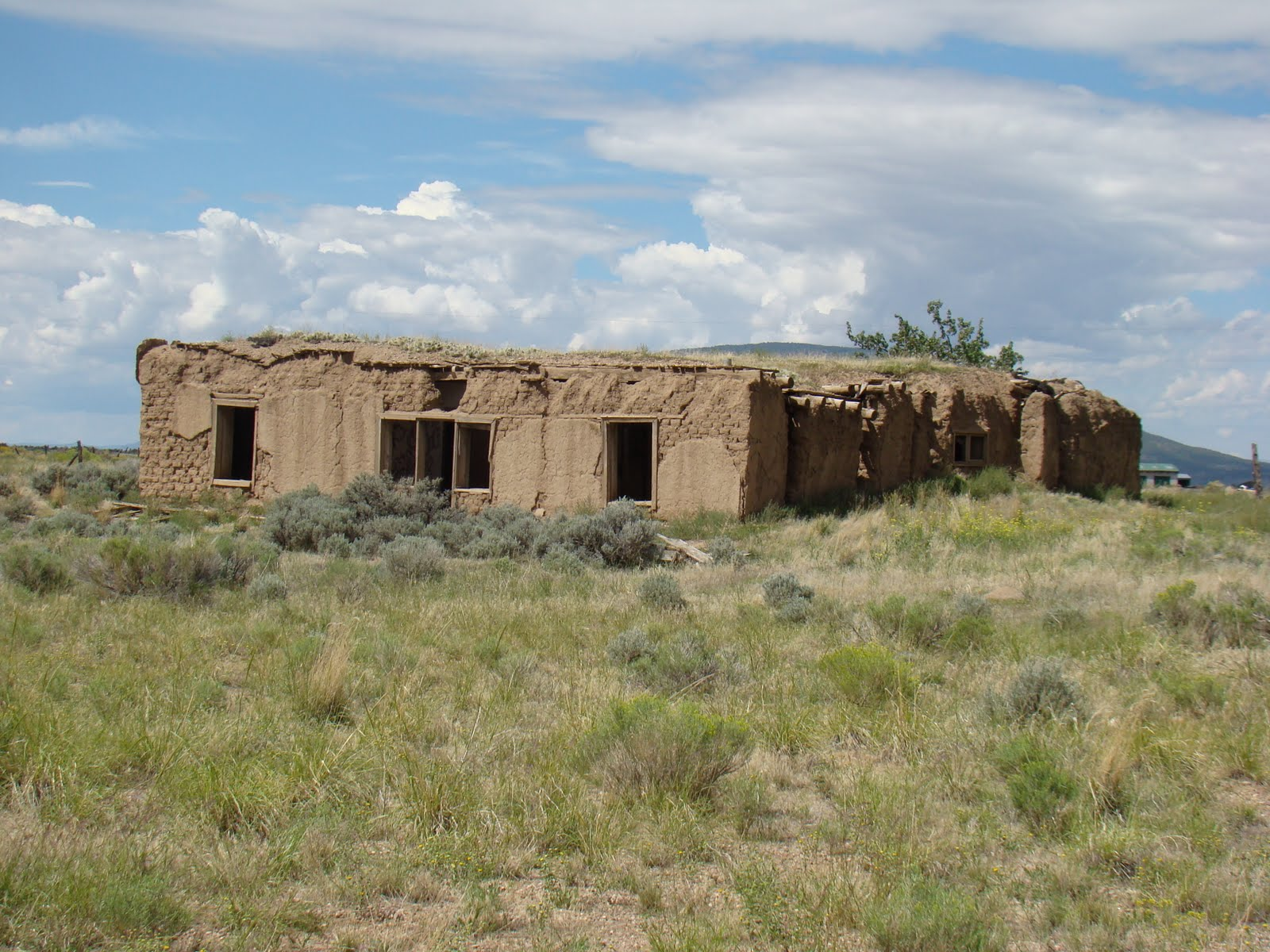 Travel with us costilla trip adobe houses for Modern adobe homes