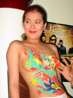 airbrush body painting