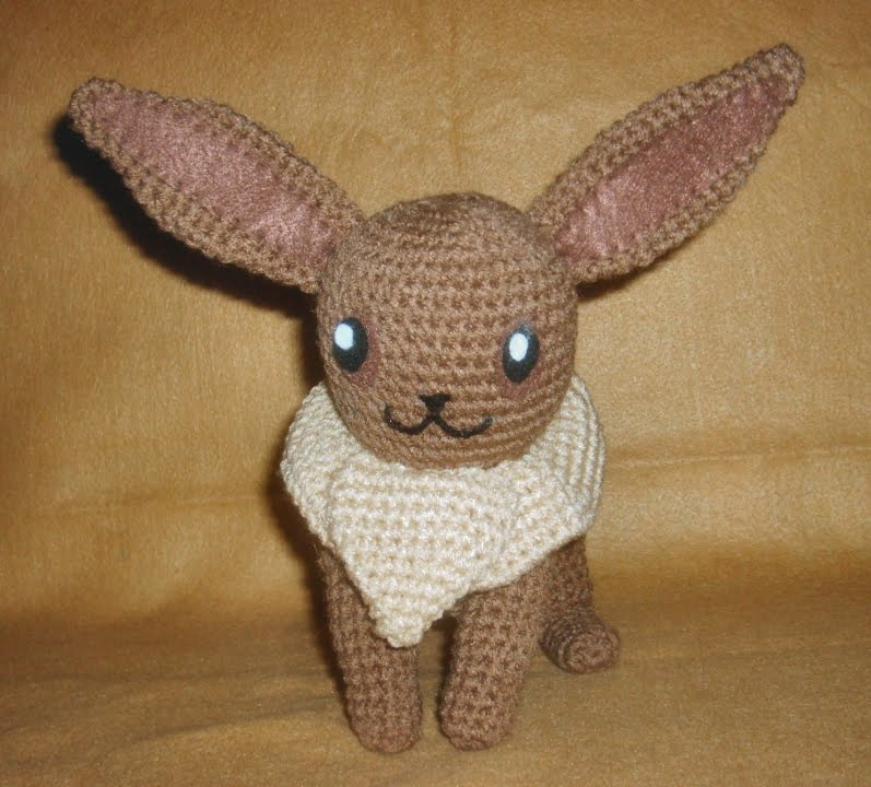 2000 Free Amigurumi Patterns: Eevee Pokemon crochet pattern