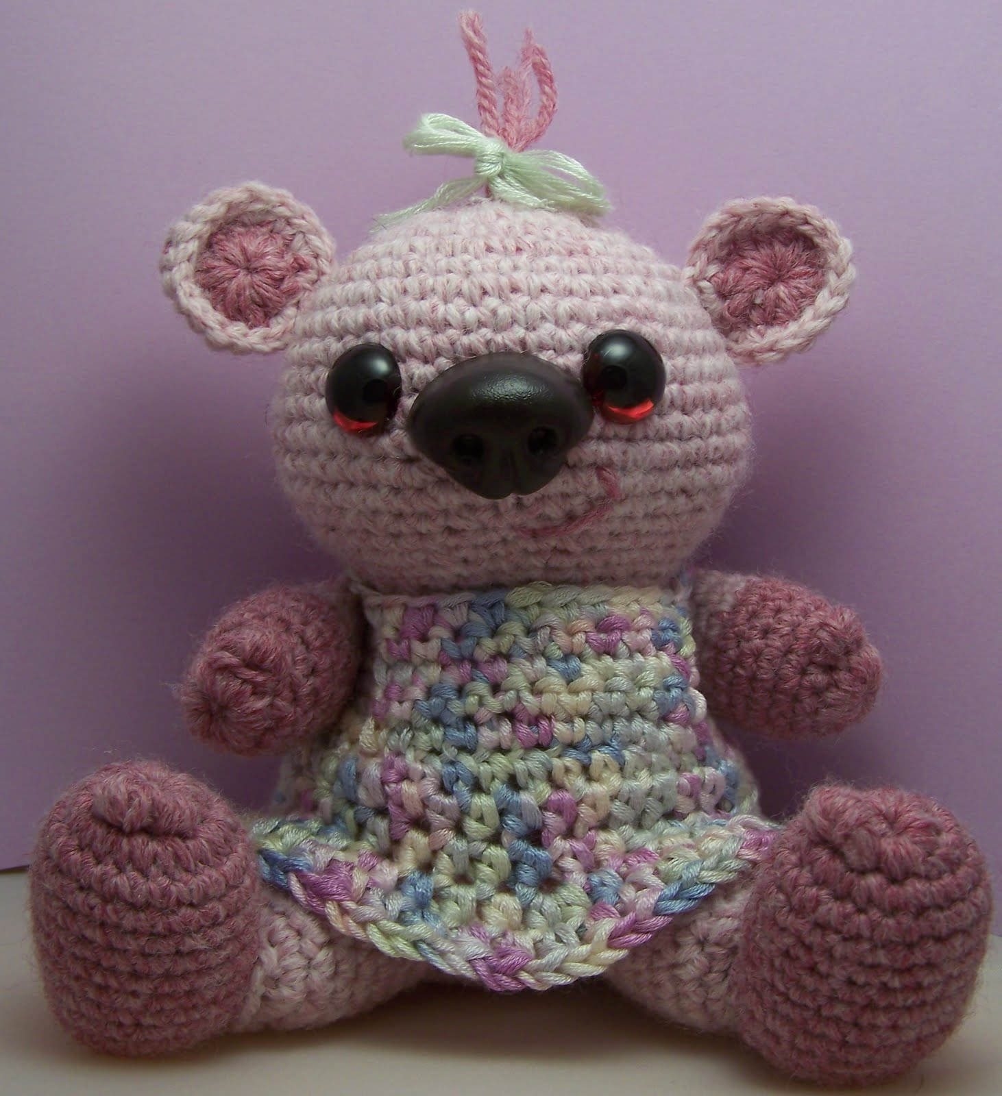 Crochet Pattern Amigurumi Bear : 2000 Free Amigurumi Patterns: Sophie Bear