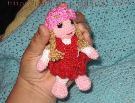 2000 Free Amigurumi Patterns: Little dolls pattern