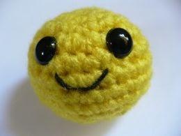 Amigurumi Smiley Ball : 2000 Free Amigurumi Patterns: Smiley