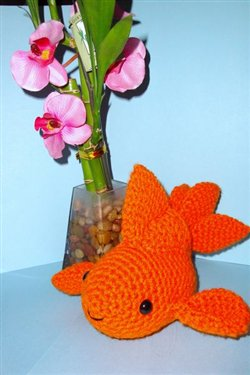 Amigurumi Goldfish : 2000 Free Amigurumi Patterns: Goldfish Amigurumi Pattern