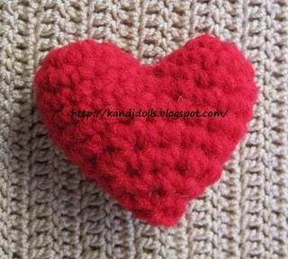 Amigurumi Crochet Heart Patterns : 2000 Free Amigurumi Patterns: Valentine Hart