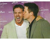 Ben Browder surprises Michael Shanks with a kiss on the cheek