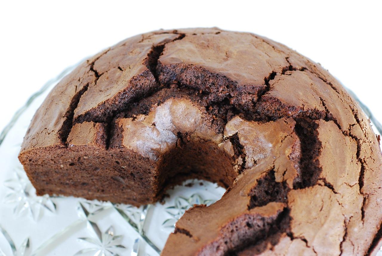 Dutch Chocolate Cake Images : Know Whey: Ricotta Double-Dutch Chocolate Foam Cake