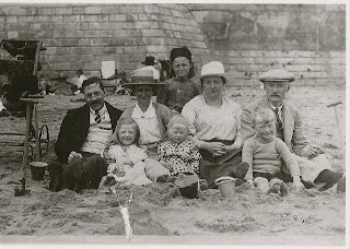 Humphreys Family at the beach