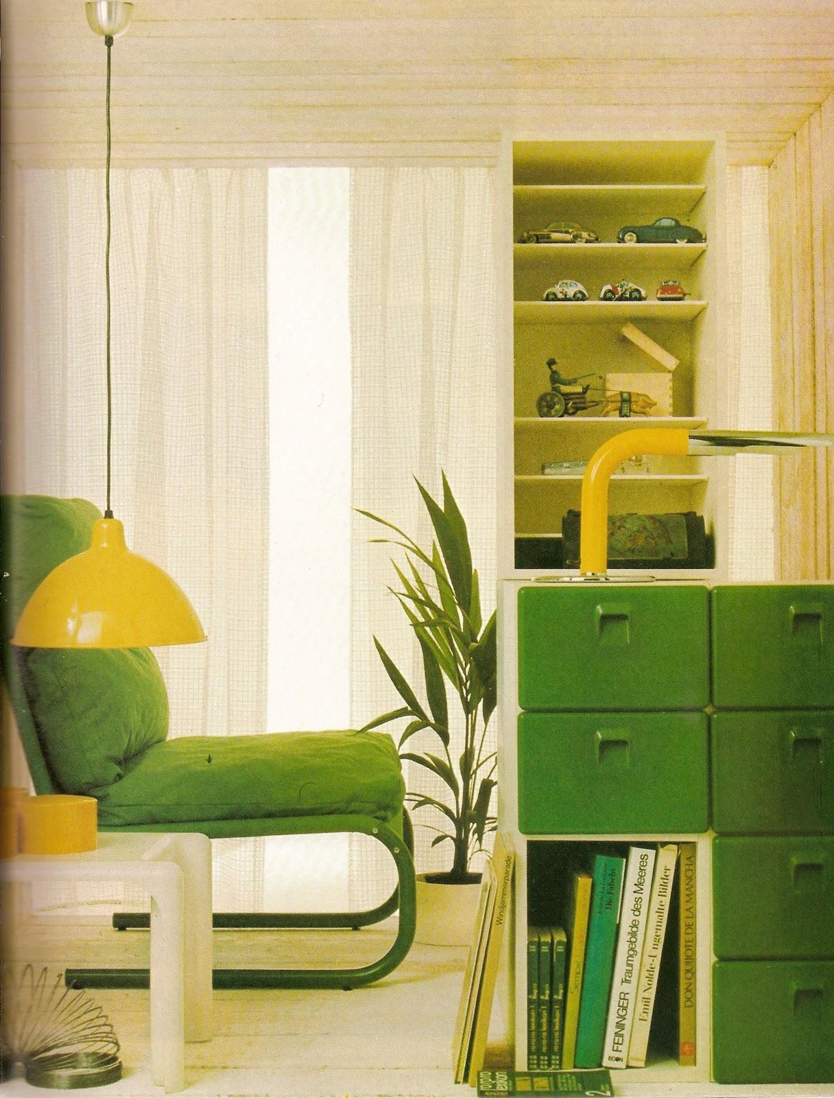 Wandgestaltung wohnzimmer wohnzimmerschrank gr n 70s for 70er wohnzimmer