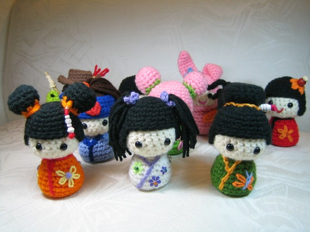 Make Japanese Amigurumi Ball : Susie Farmgirl: Kokeshi Kokeshi and More Kokeshi