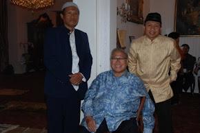 Bersama Bpk Dubes RI J.E. Habibie di Wisma Duta Belanda