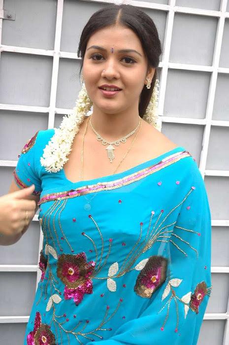 tollywood jyothi krishna in blue saree glamour  images