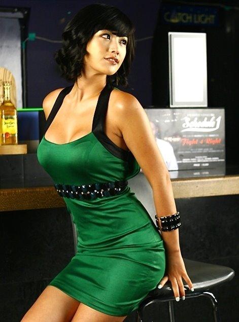 Foto Cewek Model Seksi Korea Kim Shi Hyang