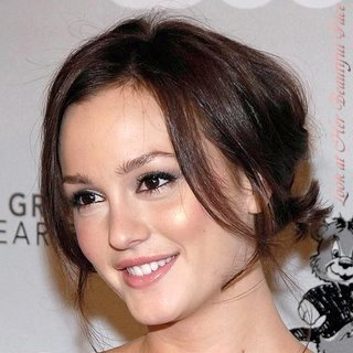 Leighton Meester face shape