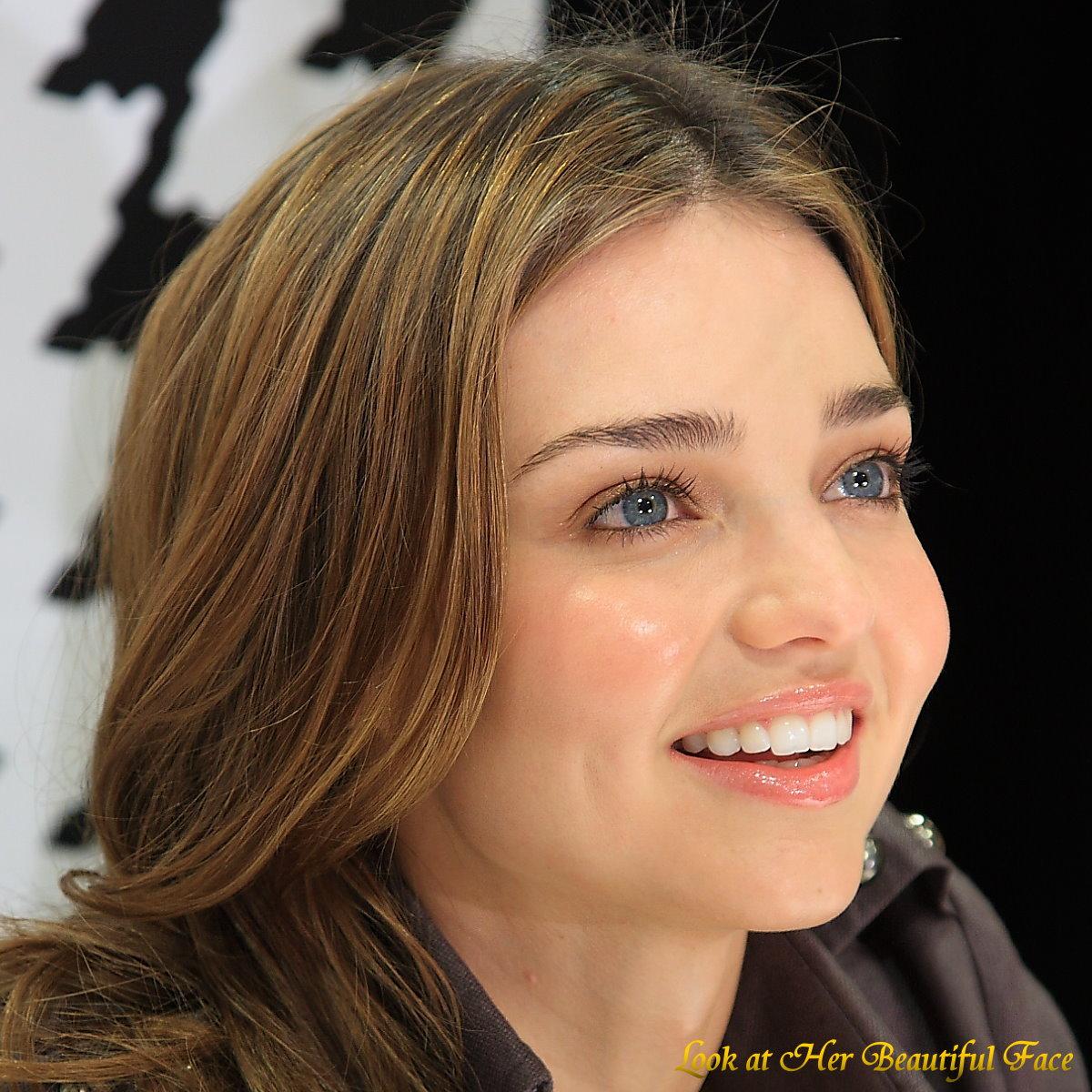 Look At Her Beautiful Face: Look At Miranda Kerr Beautiful ...